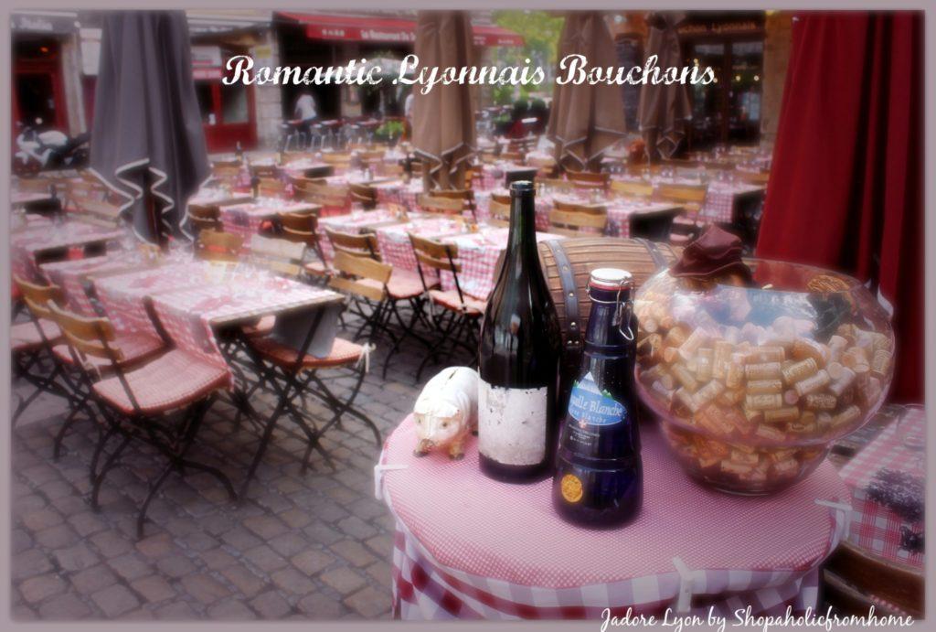 Romantic Lyonnais Bouchons