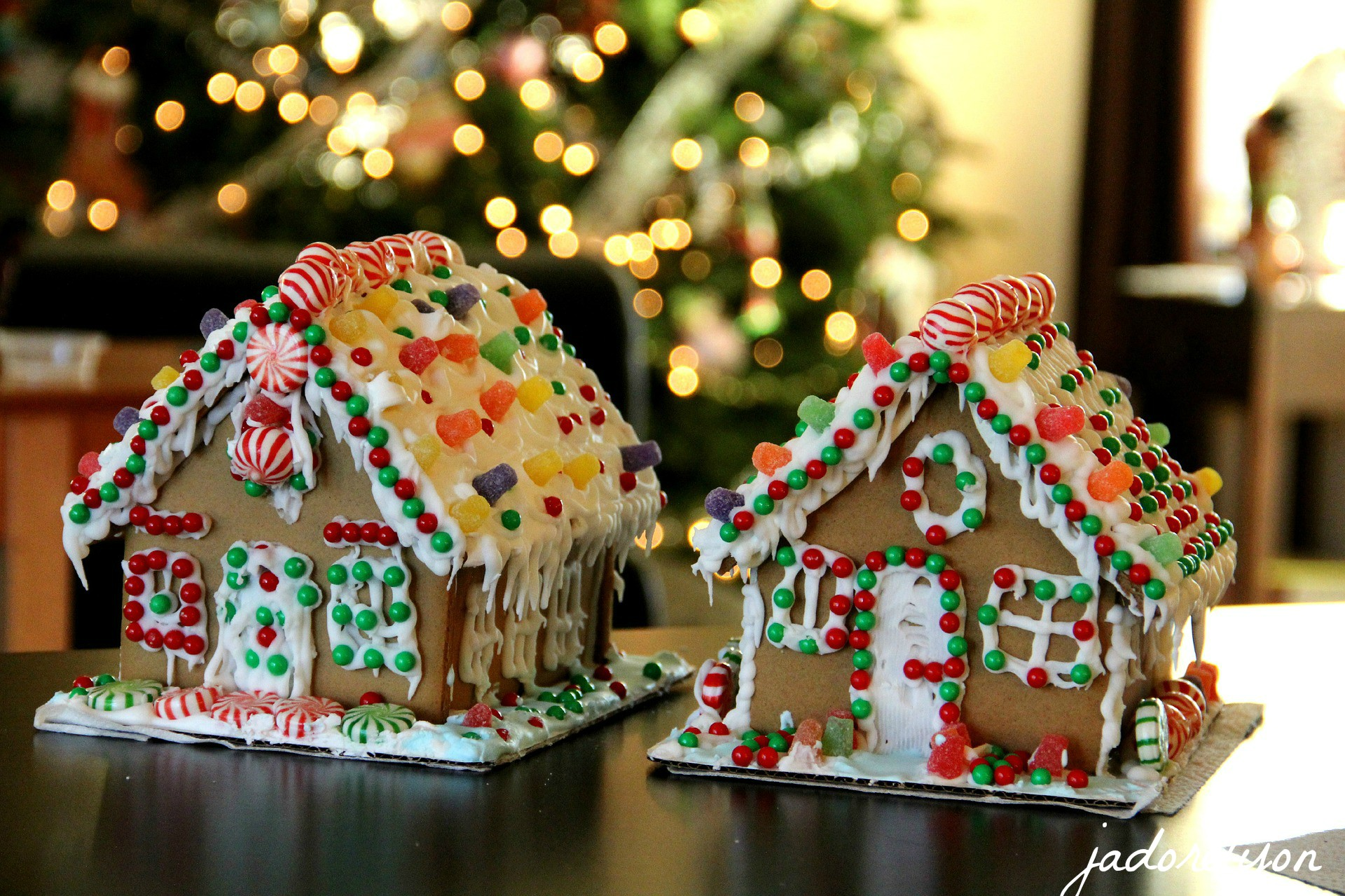 Cook & bake everything winter and Christmas inspired. Not only this delicious Gingerbread House!