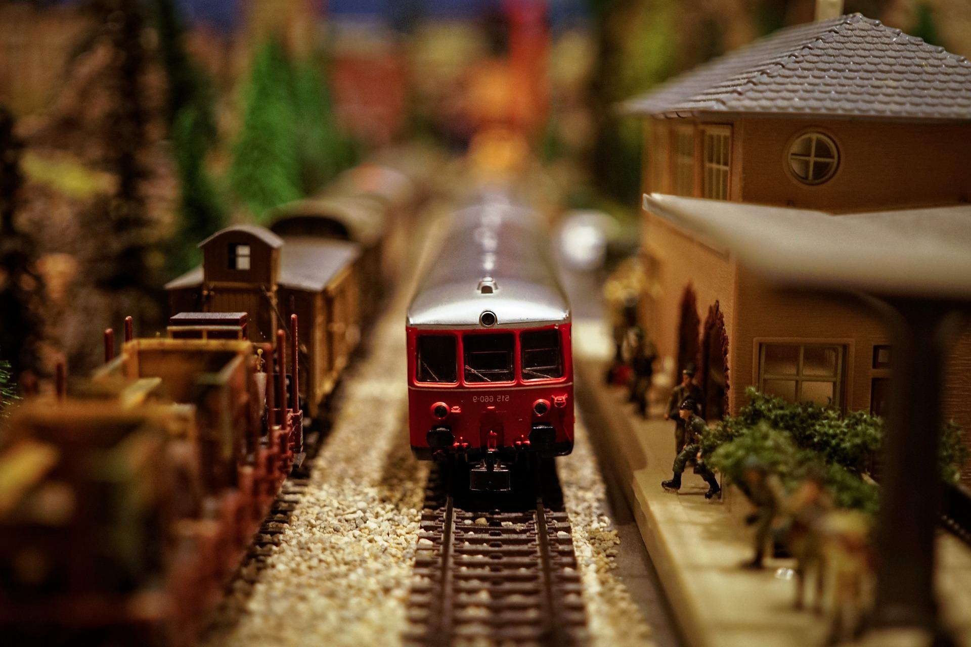 model-train
