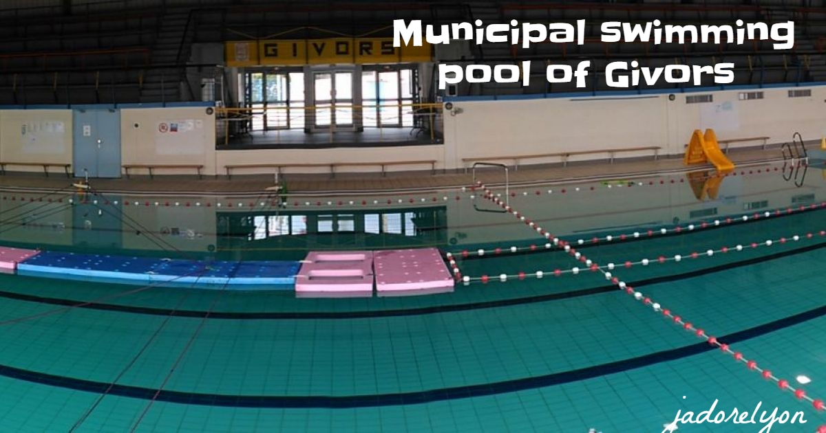 Municipal swimming pool of Givors